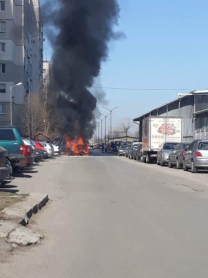 Пожар на автомобил