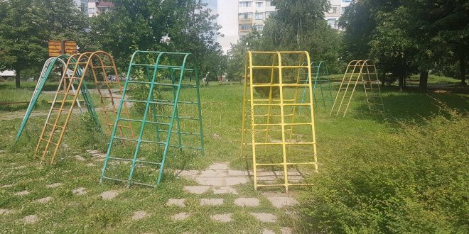 детски площадки