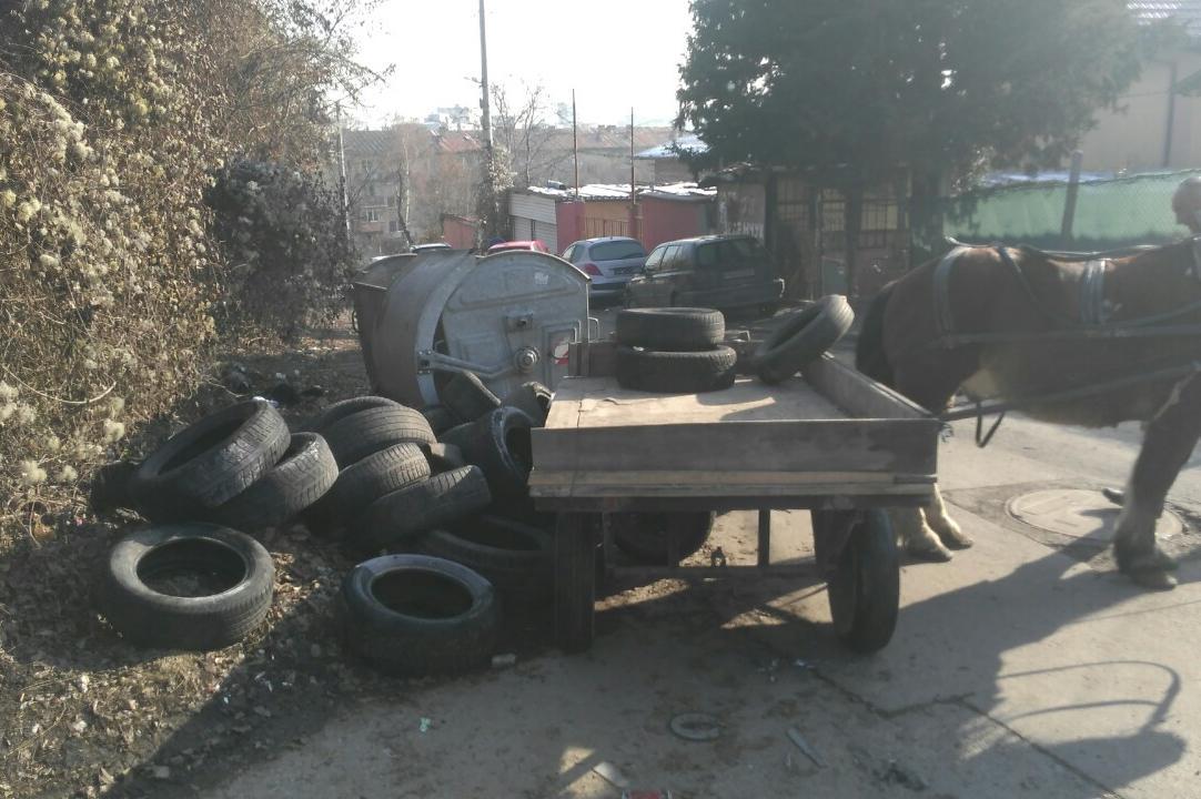 Каруца с гуми