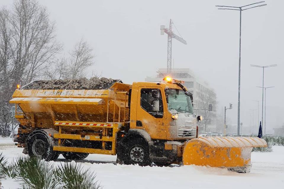 Снегопочисваща машина