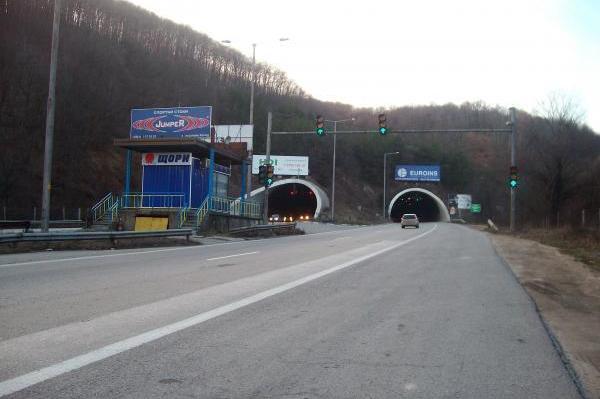 Тунел Траянови врата на магистрала Тракия