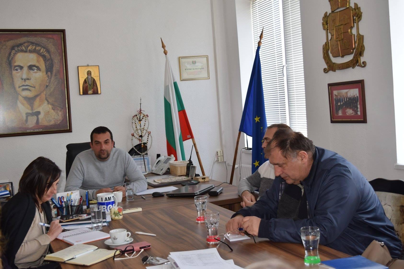 Среща на кметът на Илинден с директори