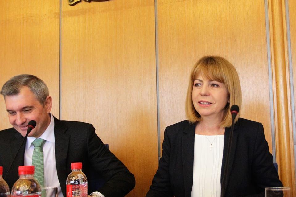 Йорданка Фандъкова на сесията на СОС