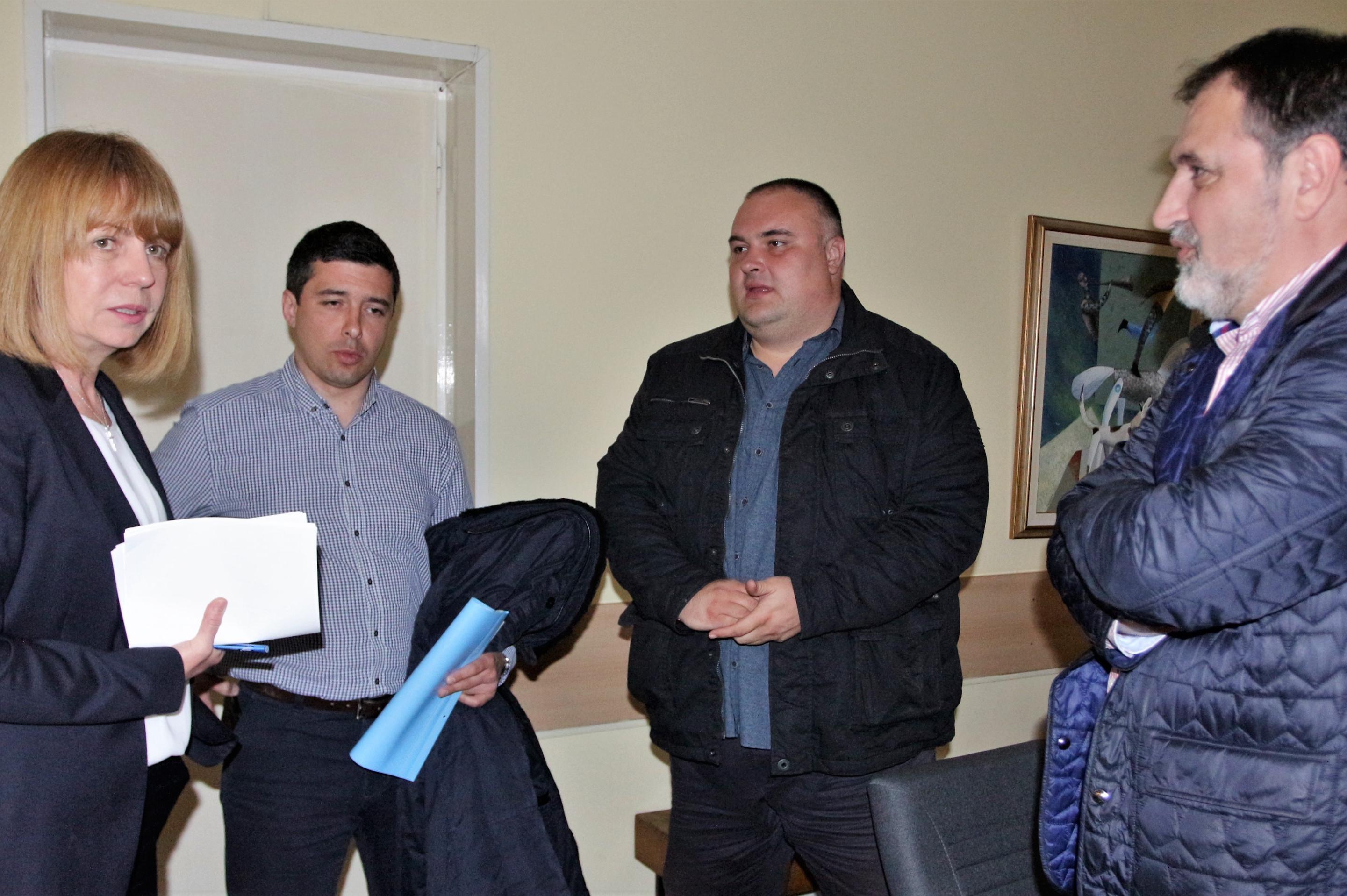 Йорданка Фандъкова с кметовете на Искър - Ивайло Цеков и на Красна поляна -