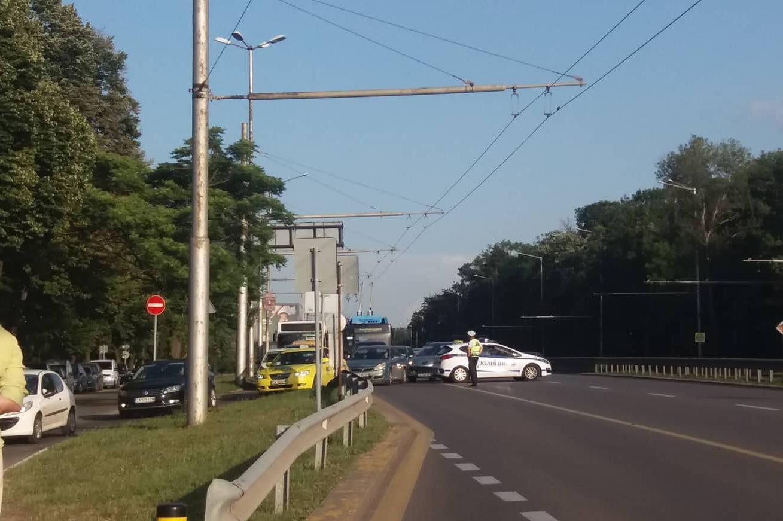 Затвориха Цариградско заради екопротест на Орлов мост