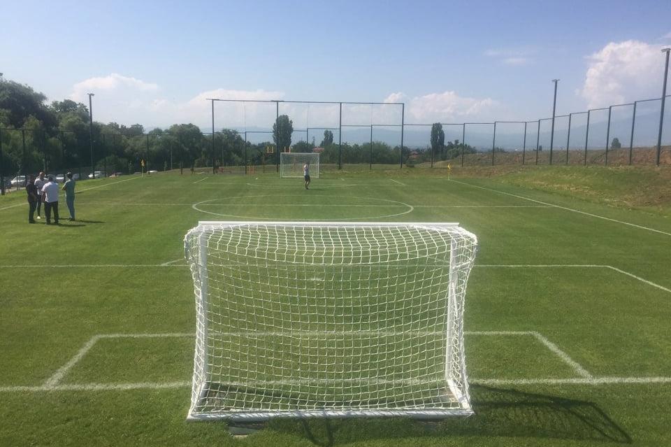 Нов стадион в Кремиковци
