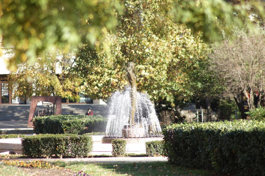 Фонтан в парка Заимов