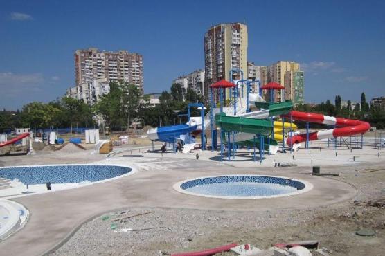 пързалките на столичния аквапарк