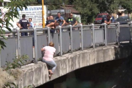 самоубиийца на моста над р. Владайска
