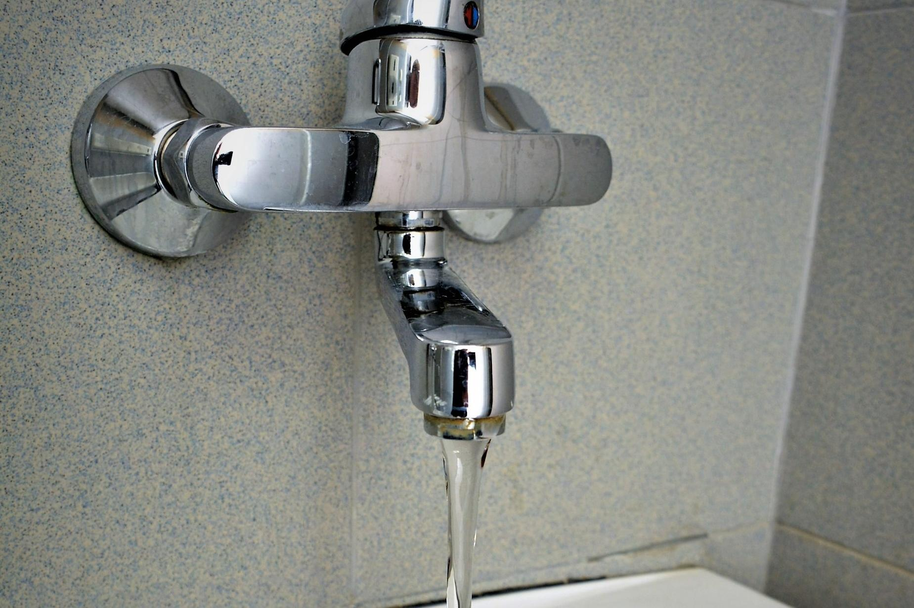 Без вода на 12 август
