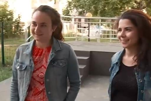 Мартина и Цветомира за денонощната библиотека в Студентски град