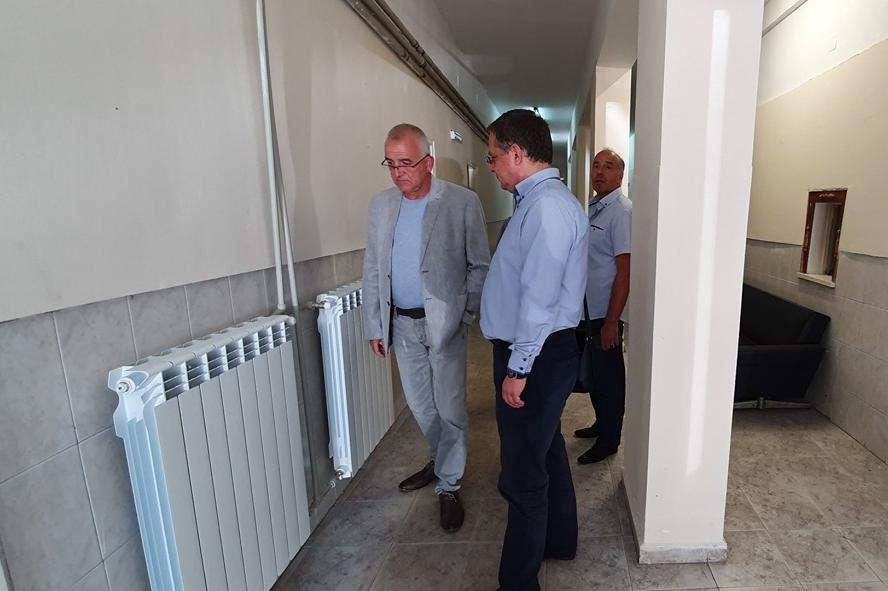 Проверка на ремонта в болницата за възстановяване и рехабилитация в Панчаре