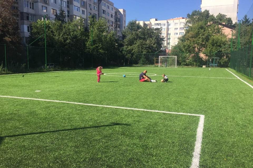 Спортна площадка в район Илинден