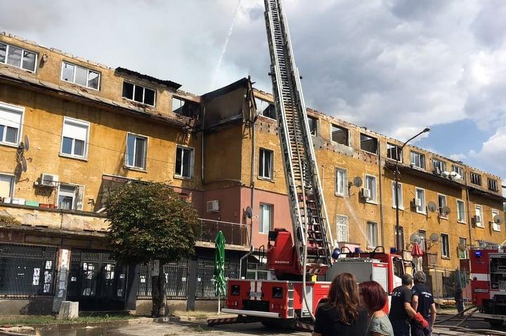Опожарената жилищна кооперация в Бухово, район Кремиковци
