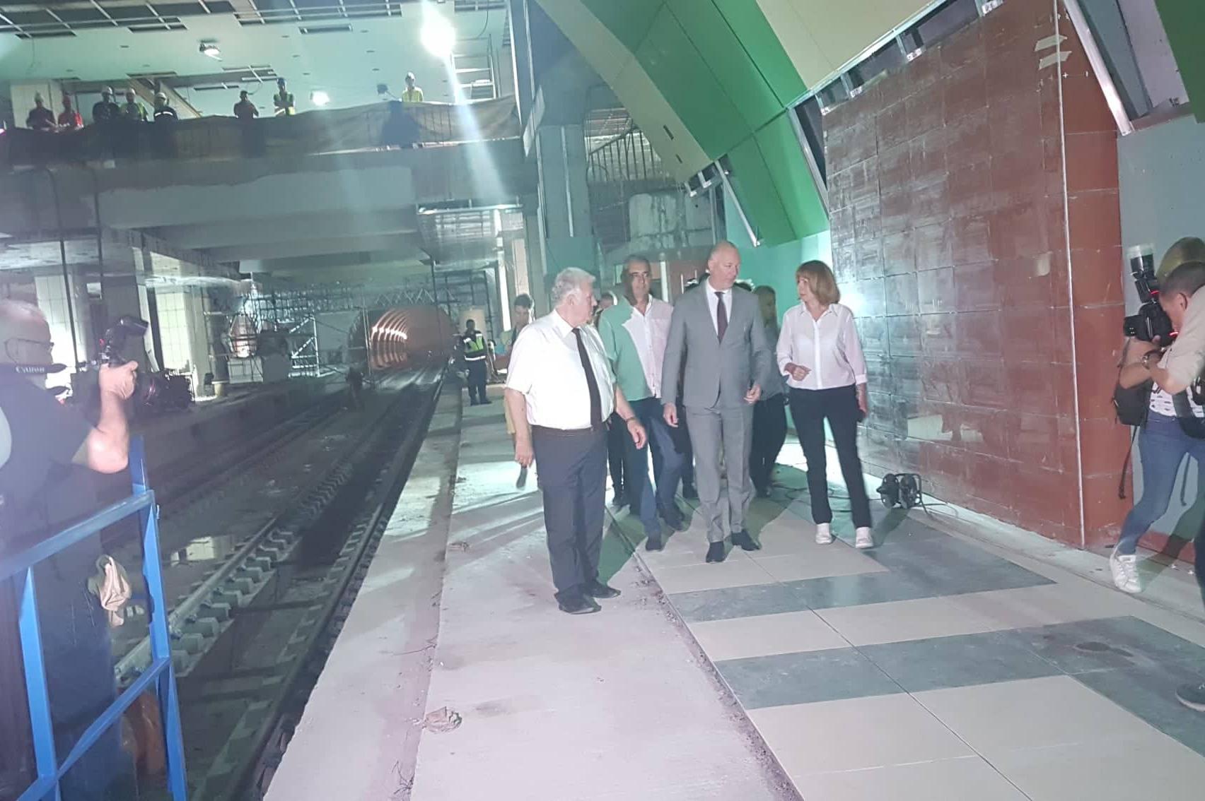 Първи етап от третата метролиния от Орлов мост до бул. България