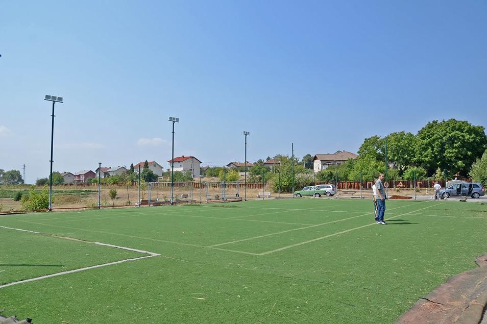 Модернизират игрище в Подгумер, Нови Искър