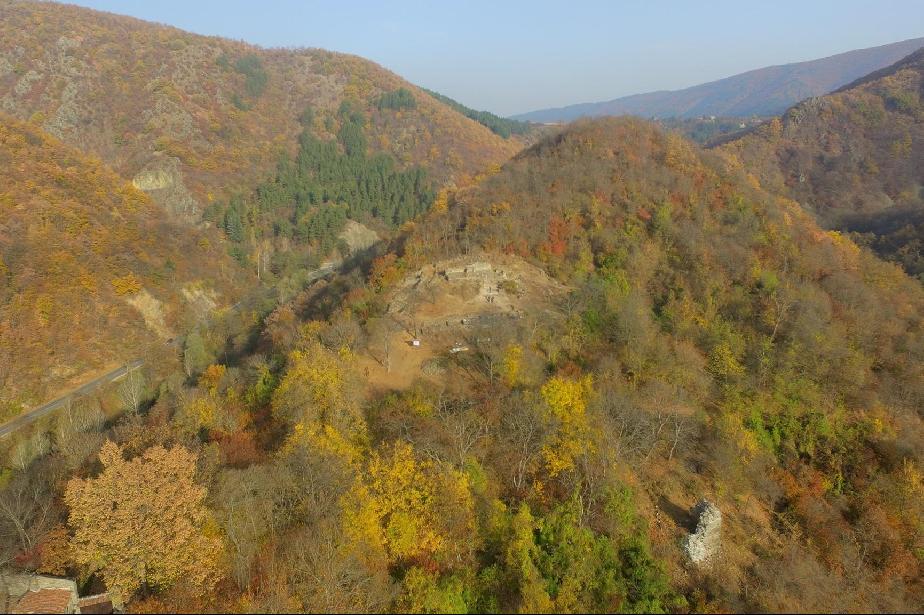 Столична община взима за управление крепостта УРвич