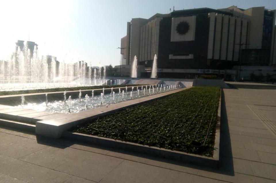 Посадиха новите цвета в столичните паркове и градини