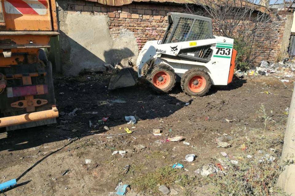 Почистване на сметището на ул. Градините 3
