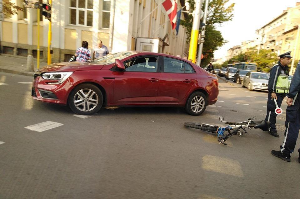 Катастрофа на кола с велосипед на Дондуков