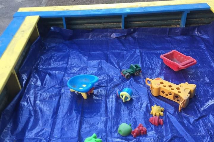 Изчистиха пясъчника в 23 детска градина Здраве в район Изгрев