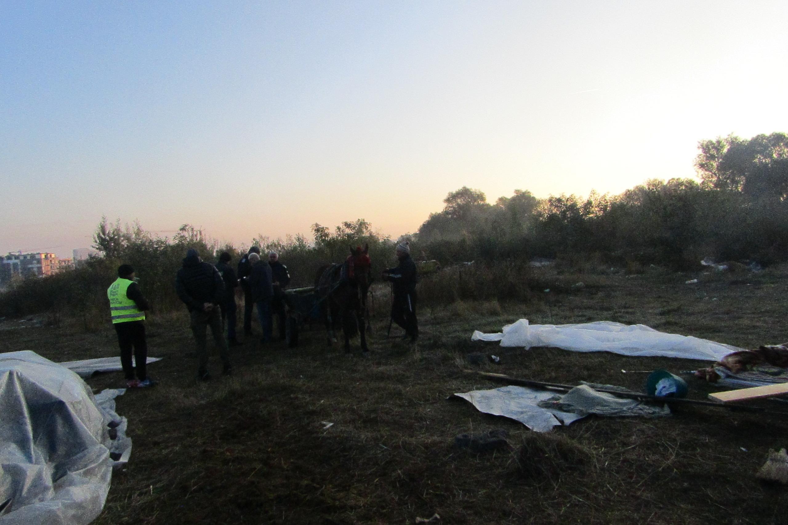 Премахнаха ромски колиби в Малинова долина, район Студентски
