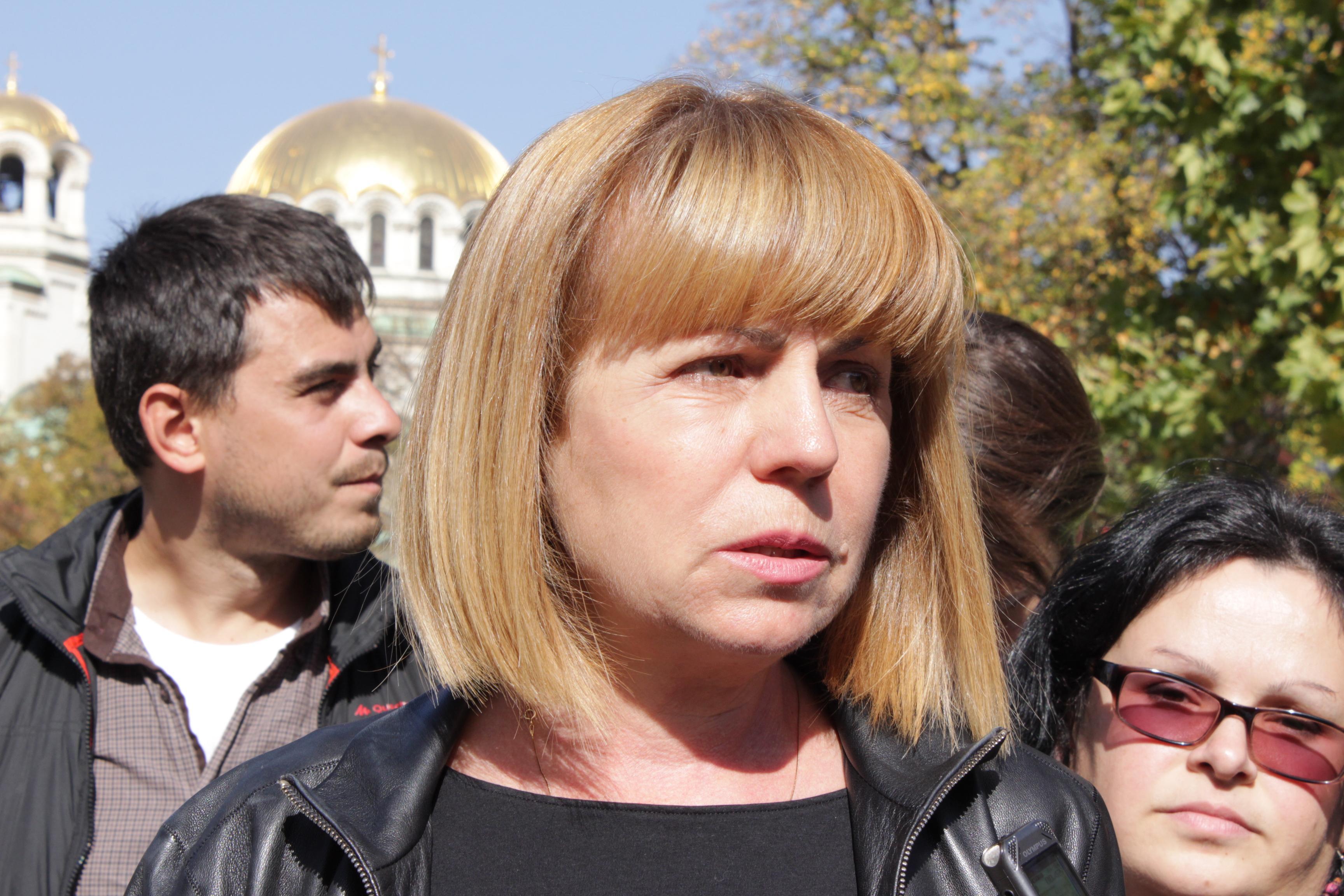 Йорданка Фандъкова печели балотажа в София