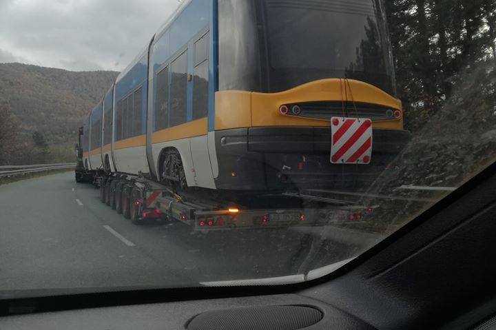 Трамвай на магистралата