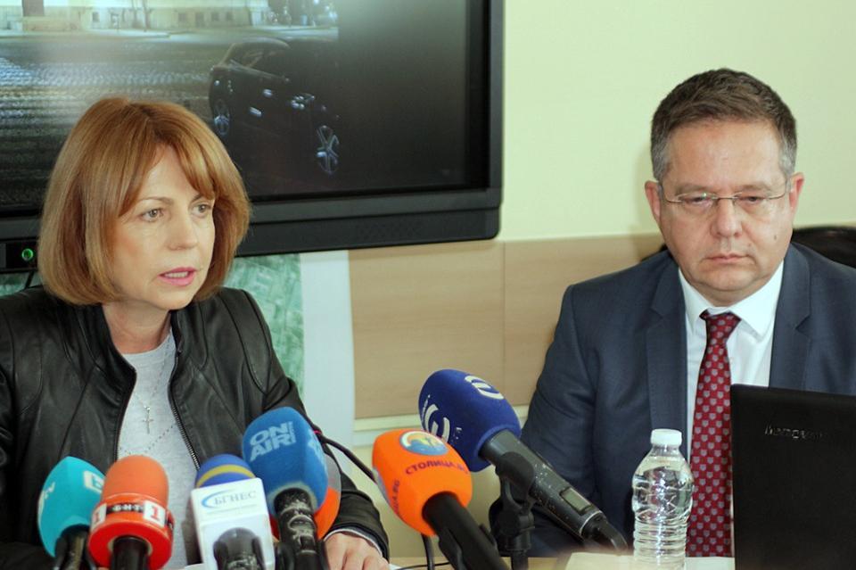 Йорданка Фандъкова и Дончо Барбалов за вдигането на данъците за автомобили