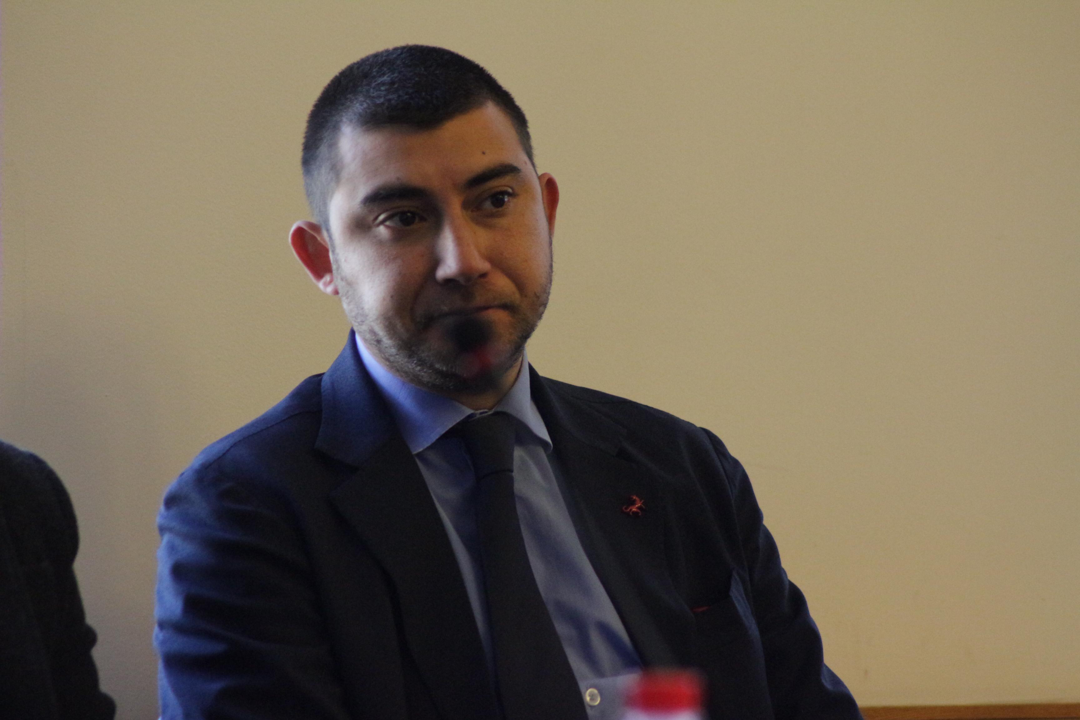 Председателят на Комисията по транспорт и туризъм в СОС Карлос Контрера