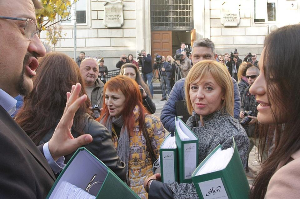 Мая Манолова пред Столична община внася жалба за касиране на изборите