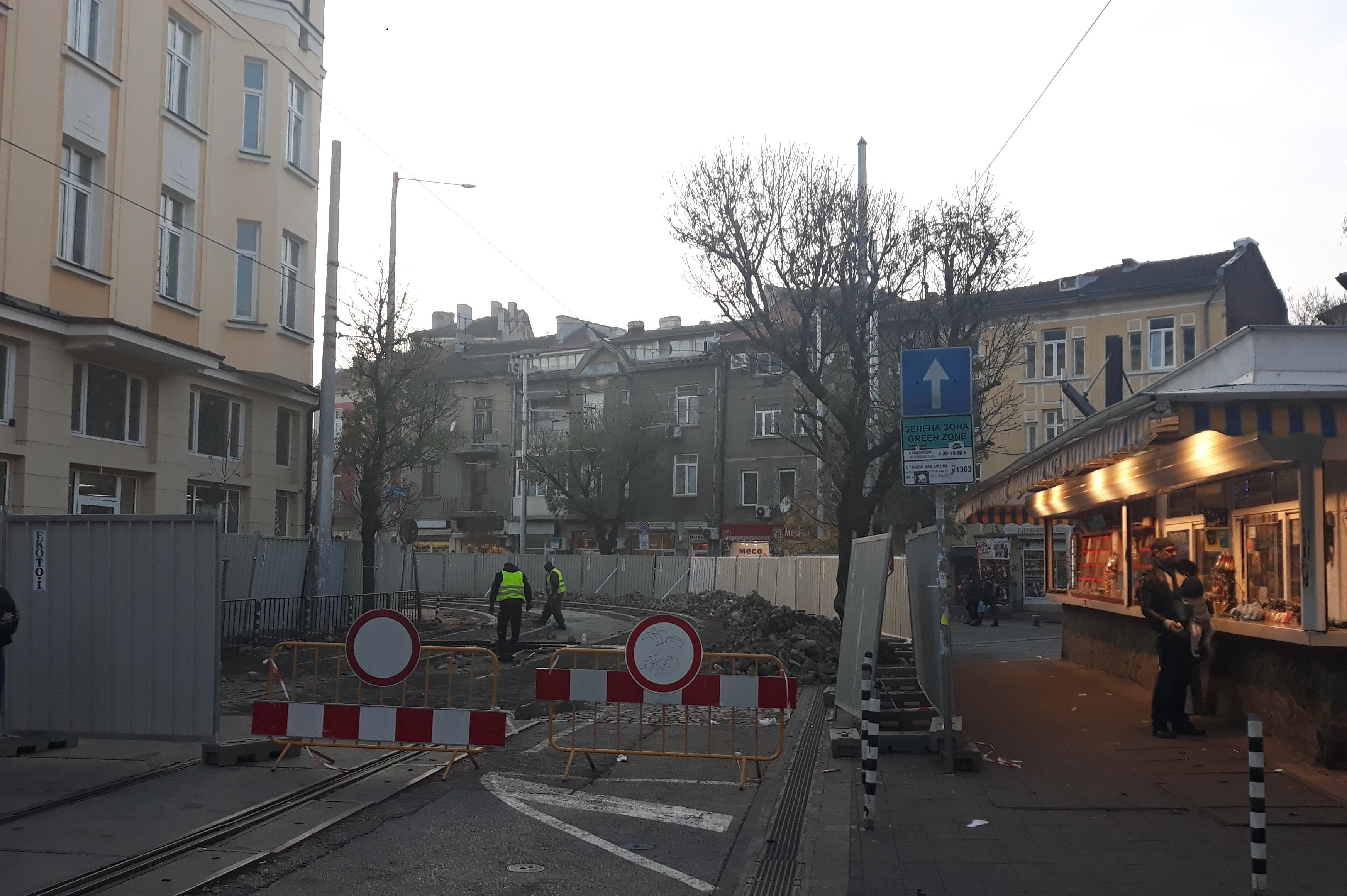 Приключва ремонтът на релсите на трамвай 20 и 22