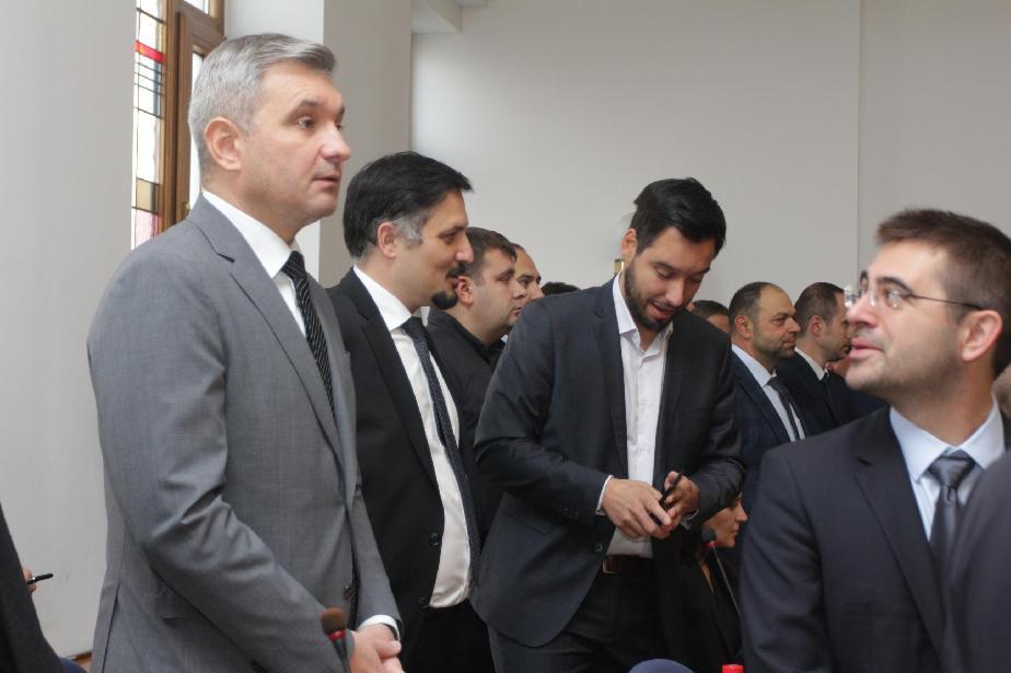 Директорът на ЦГМ Христиан Петров вчера се закле като общински съветник