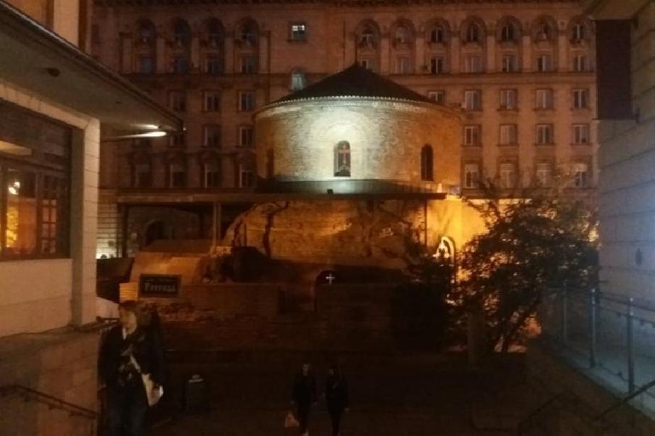 Ротондата Свети Георги в двора на президентството