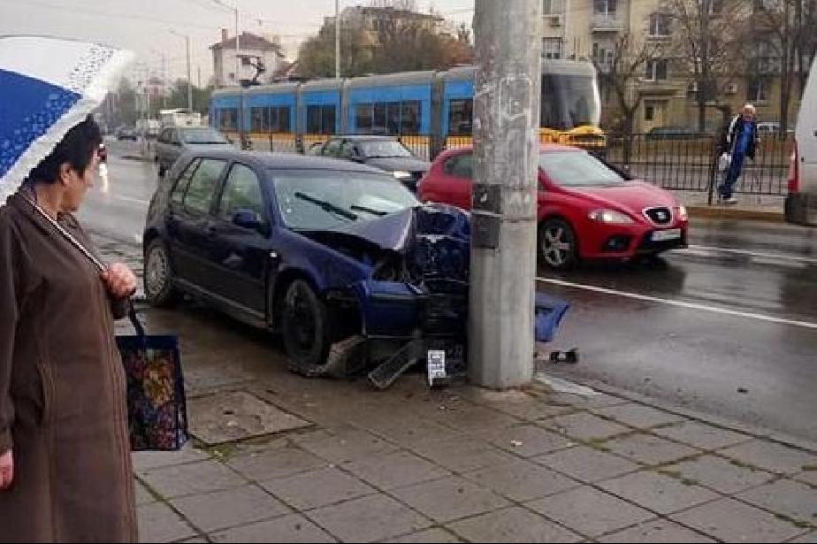 Катастрофа на бул. Възкресение