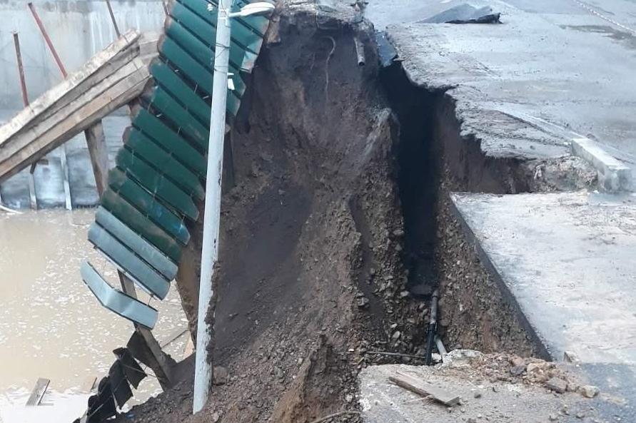 Пропадна строеж и улица в Манастирски ливади