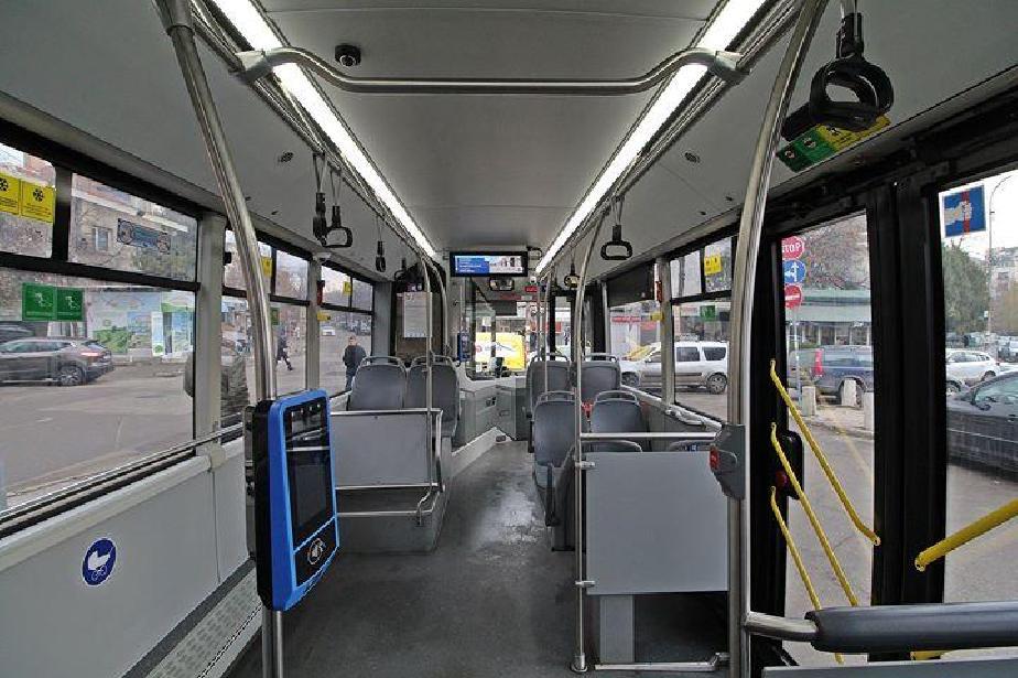 Информационна система за пътници в автобус 72