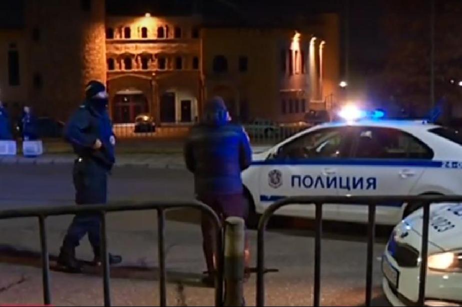 """Джип блъсна две момичета на столичния булевард """"Никола Вапцарров"""""""