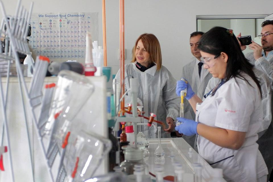 Весела Стефанова мениджър на Лабораторния комплекс на Софийска вода в Бистр