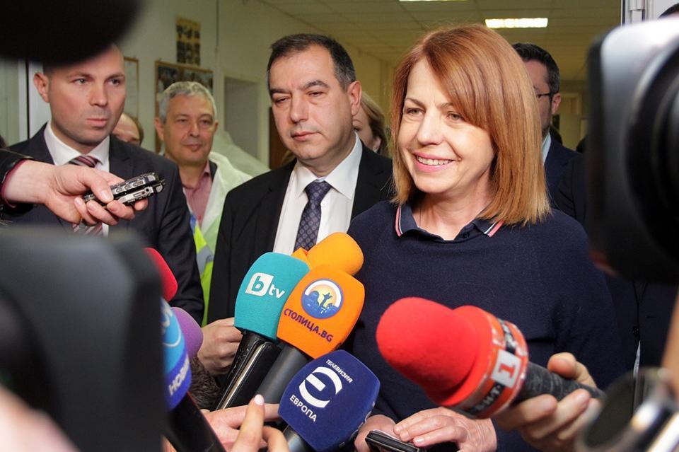 Йорданка Фандъкова в Бистрица в Контролния център за Софийска вода