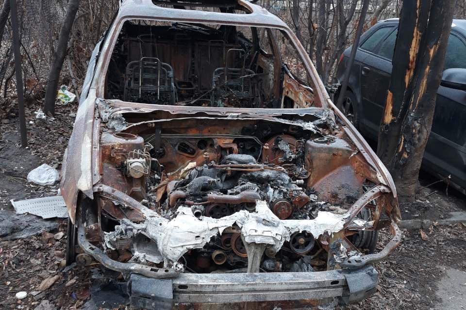 Вдигат изоставени автомобили