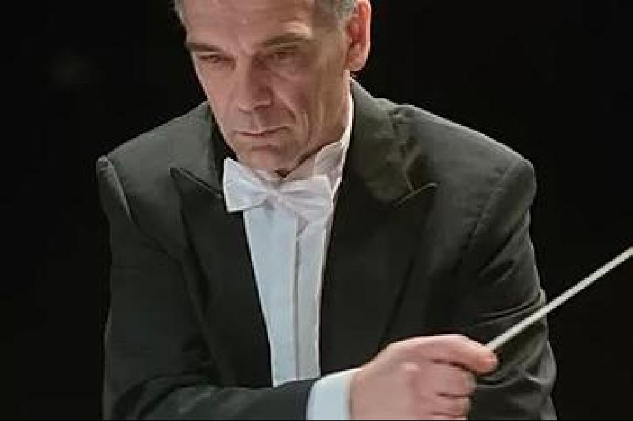 Диригентът Николай Лалов