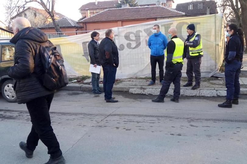 """От """"Сердика"""" предотвратиха срутване на строителен обект"""