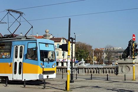 За уикенда: Променят маршрутите на трамваи 4 и 5 заради ремонт на релсите