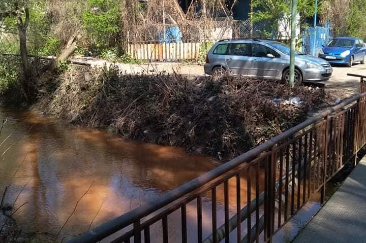"Река Новачица пак е червена- кметът на ""Изгрев"" разпорежда проверка"