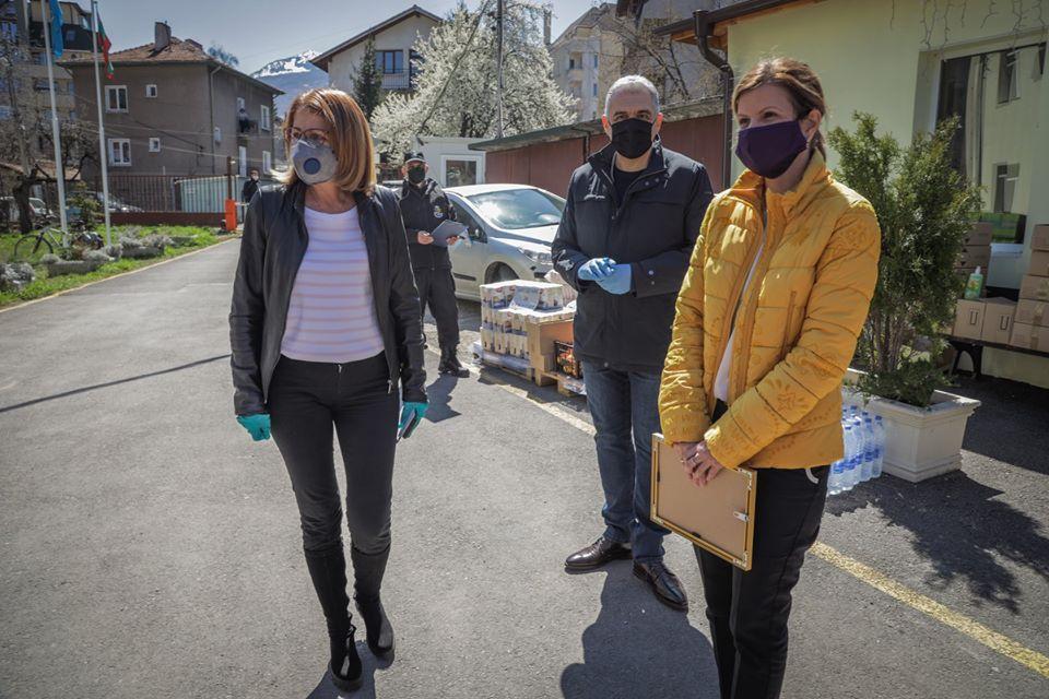 4 от дарените автомобили на Столична община са за дезинфекция и 4 за достав
