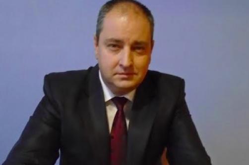 """Юристът Димитър Киров е авторът на химна на """"Пирогов"""""""