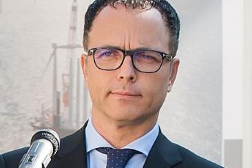 Премиерът уволни Мавродиев и компания от Българската банка за развитие