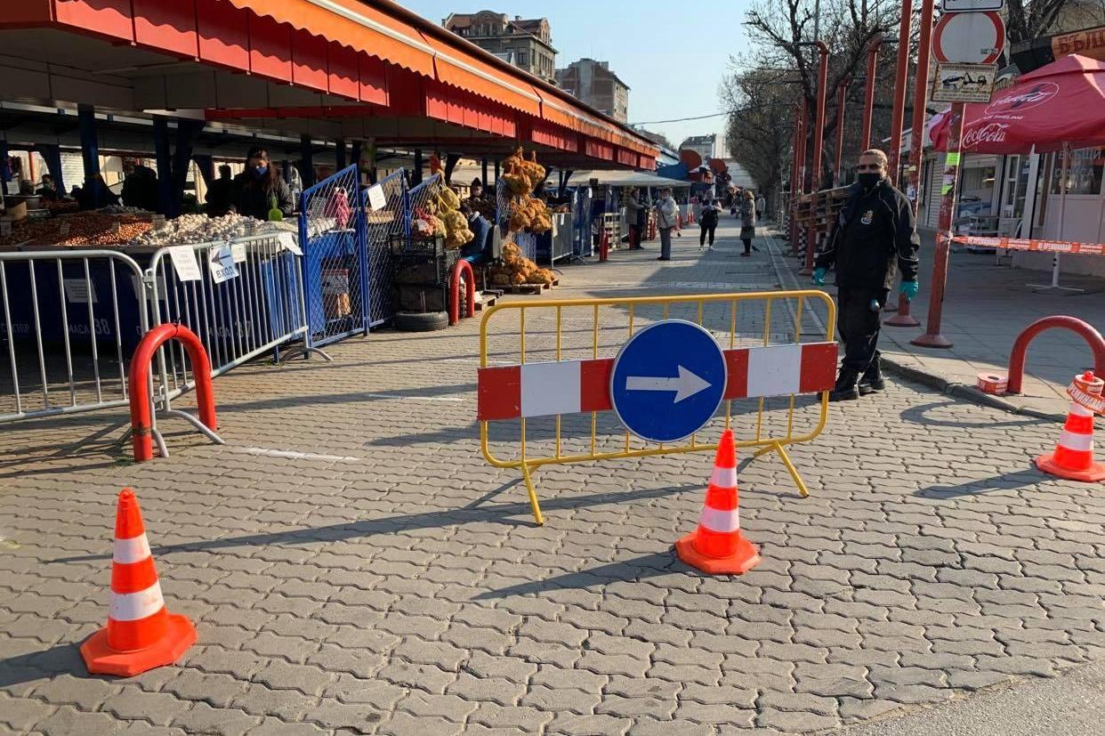 Трима търговци от Женския пазар с прекратени договори- не спазвали кризисни