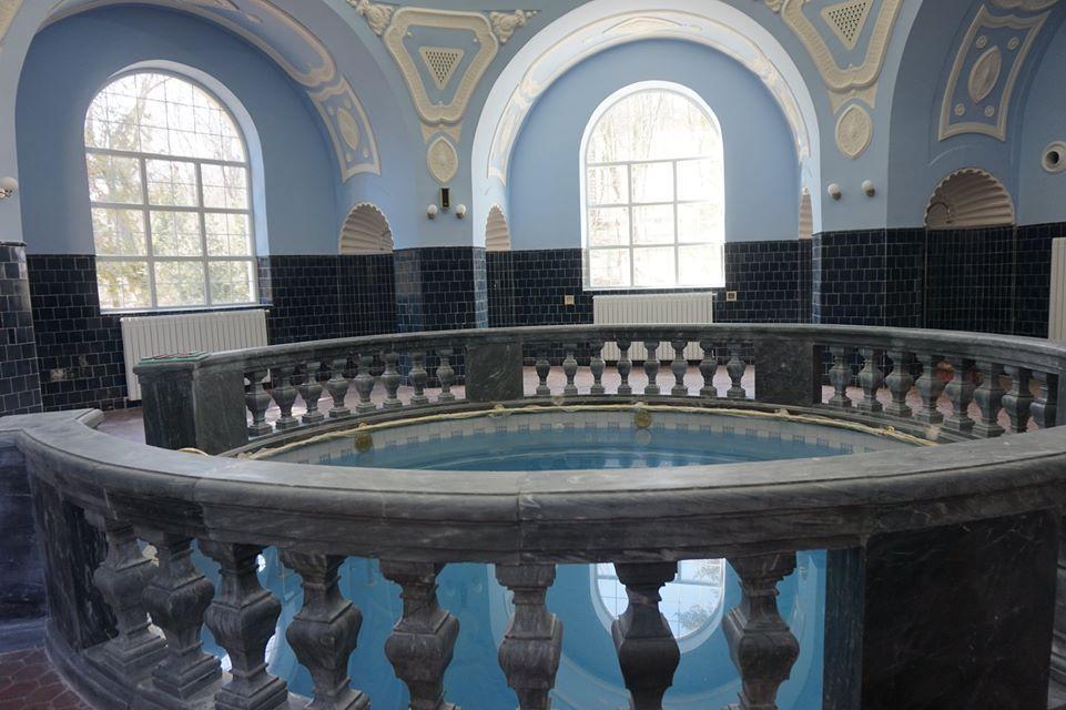 Карантината не спира реставрацията на банята в Банкя